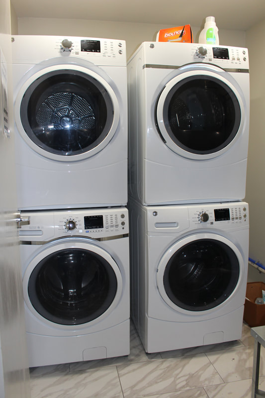 Drop-In Center Laundry Room
